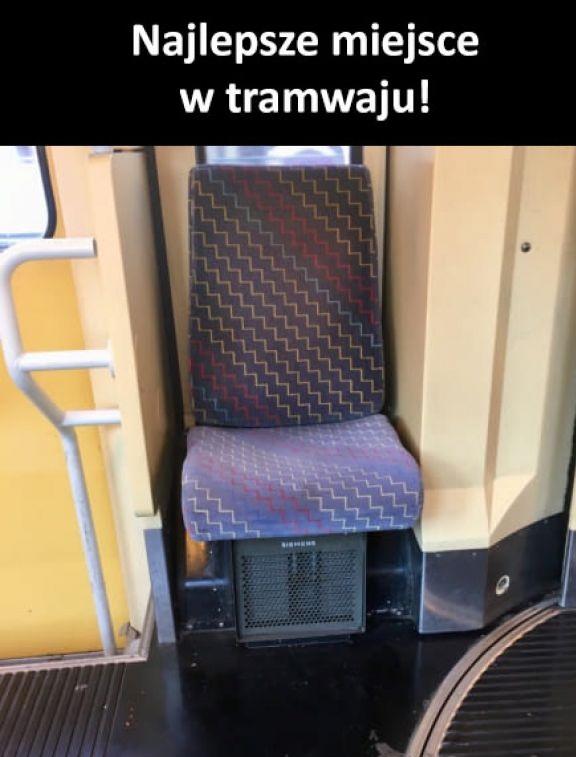 Najlepsze miejsce w tramwaju