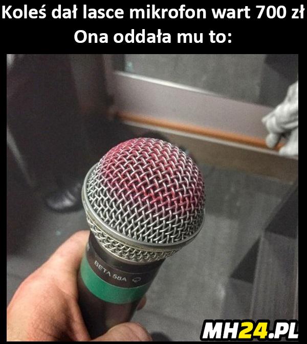 Oto co laska zrobiła z mikrofonem